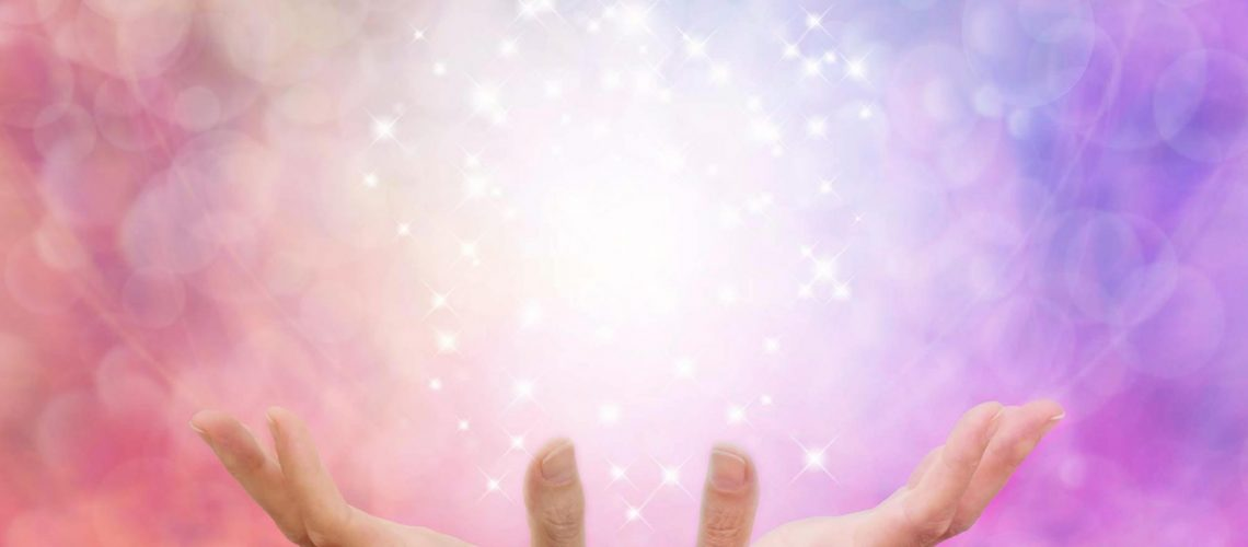 healing-reiki-hands